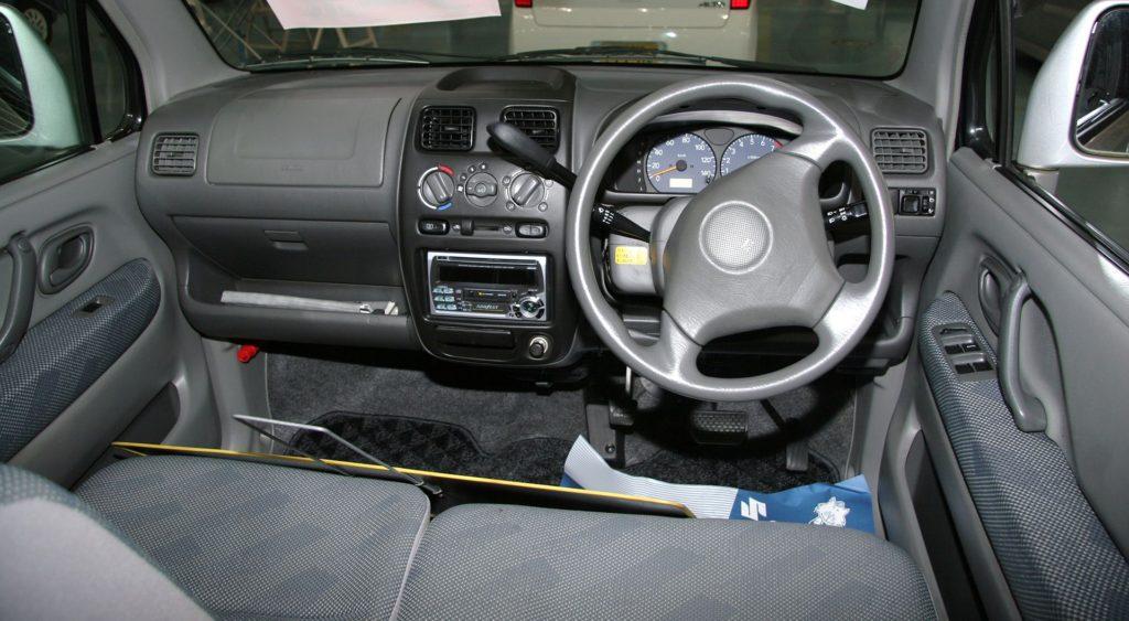 ワゴンR 車内 ハンドル シート