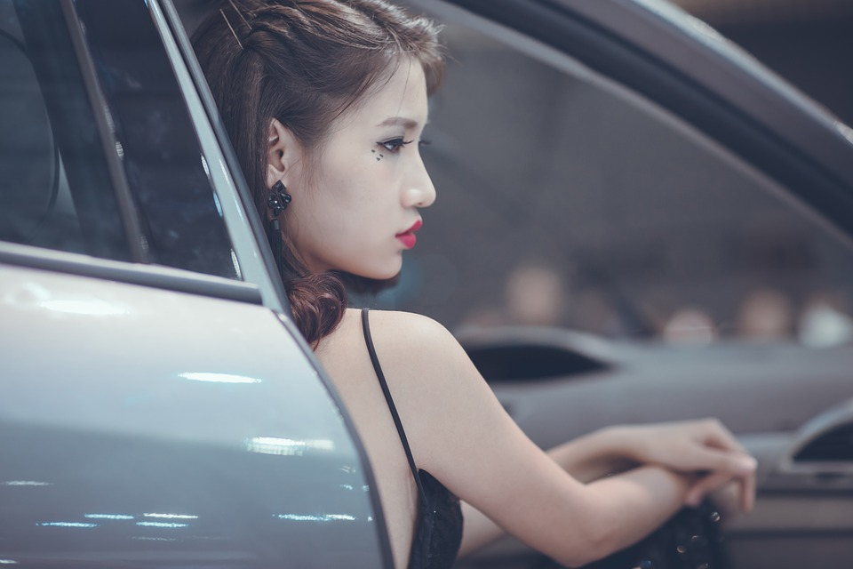 ドライブ 女性
