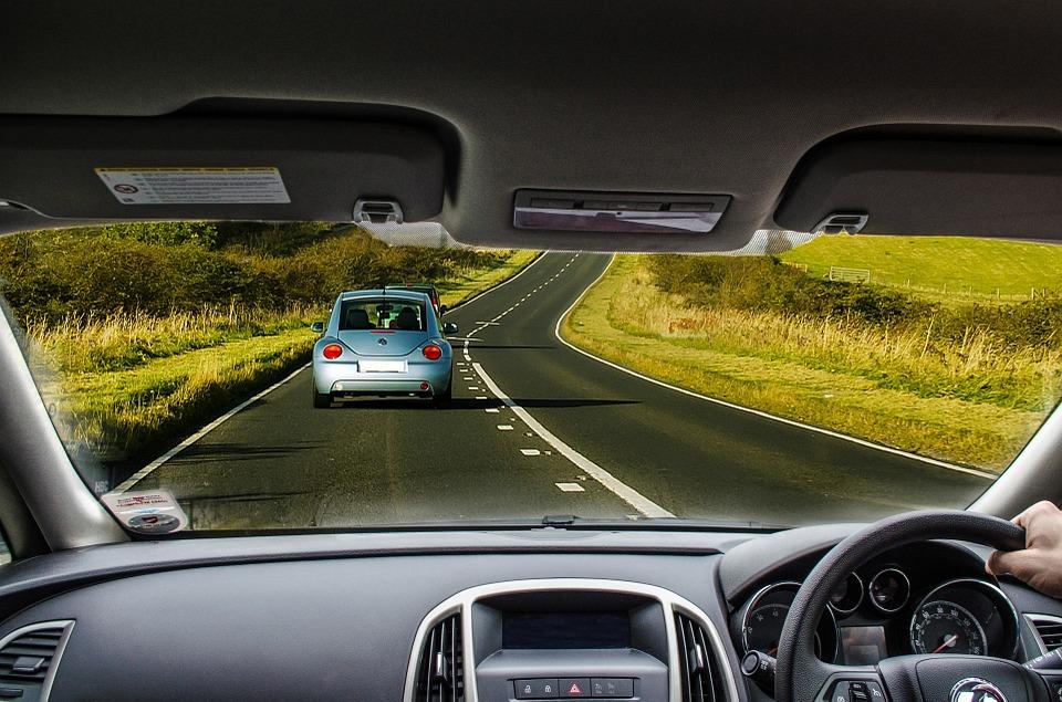 車 駆動 道路 ダッシュボード ホイール 旅行 インテリア ドライバー ビュー 速度