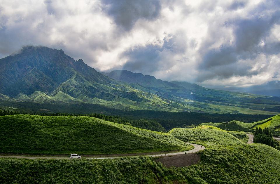 阿蘇 熊本 日本 カルデラ 自然 風景 雲 緑