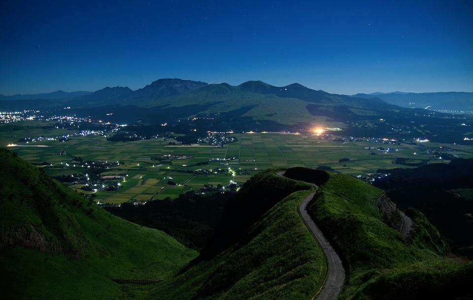 日本 阿蘇 熊本 火山 外輪山 夜 星 空 カルデラ 夜景 自然